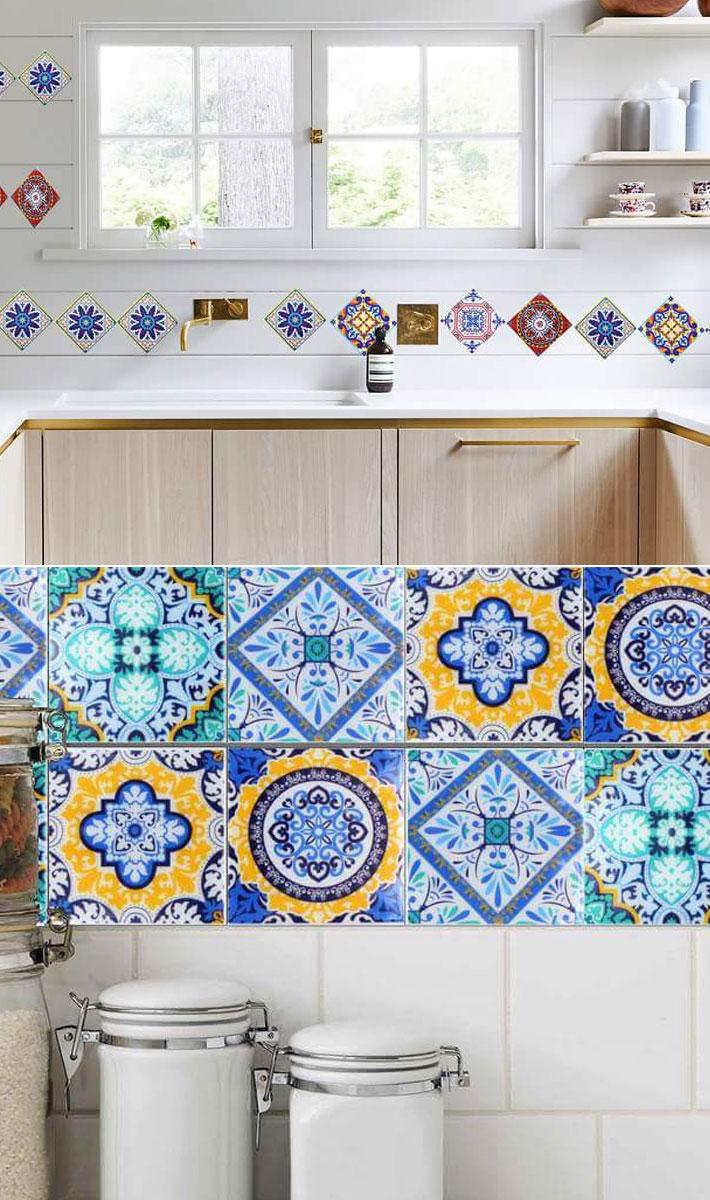 キッチン壁のdiyにオススメのデコタイルシートで簡単リメイク